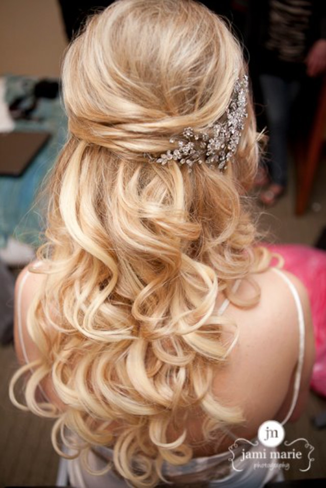 15 Fabulous Half Up Half Down Wedding Hairstyles