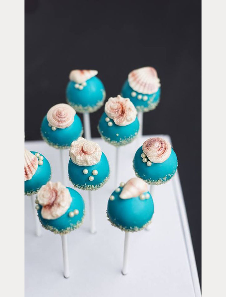 beach wedding cake pops ~ we ❤ this! moncheribridals.com