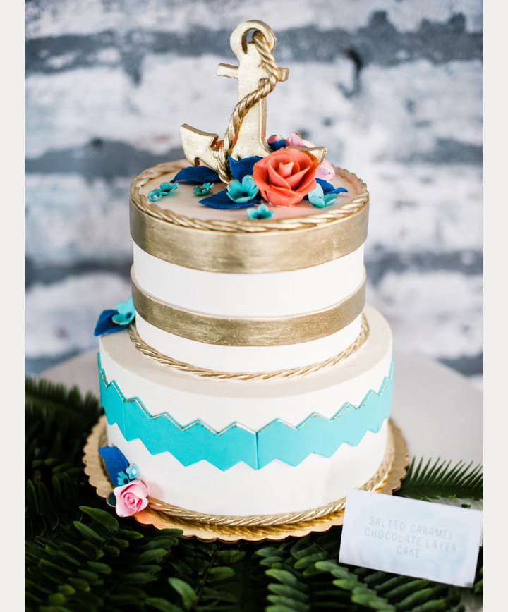 beach wedding cake ~ we ❤ this! moncheribridals.com