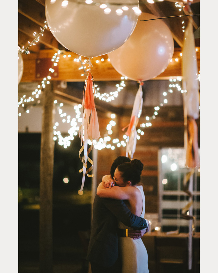 Balloon Wedding Decorations ~ we ❤ this! moncheribridals.com