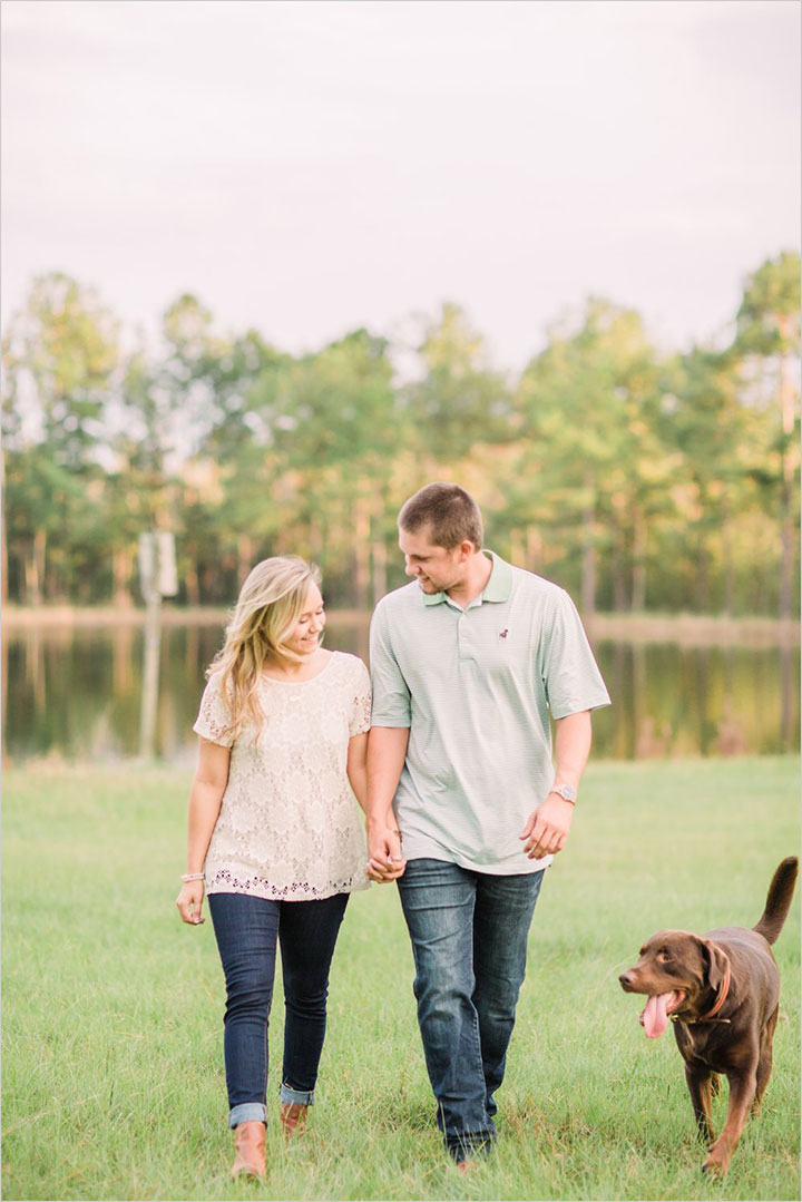 Sweet Engagement Session With Chocolate Lab
