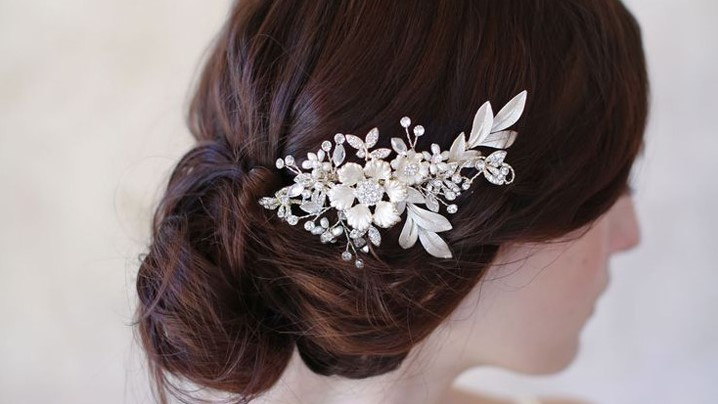 23 Exquisite Hair Adornments for the Bride
